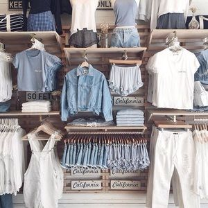 BRANDY MELVILLE MYSTERY BUNDLE!!!